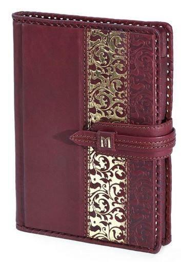 Кожаный недатированый ежедневник в линейку формата А5 GOLD
